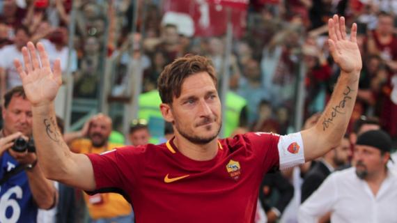 15 Perpisahan Paling Emosional Dalam Dunia Sepakbola
