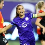 20 Gol Spektakuler Pemain Sepakbola Wanita