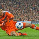 10 Aksi Menakjubkan Petr Cech