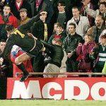 Kisah Tendangan Kung Fu Legendaris Eric Cantona