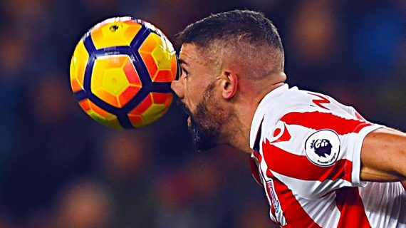 10 Momen Headshot Dalam Sepakbola