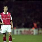 Dennis Bergkamp, Penyerang Mematikan Belanda yang Fobia Terbang