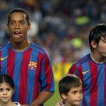 Kisah Ronaldinho yang Mengirim Assist untuk Gol Pertama Messi