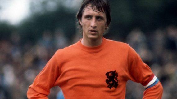 Johan Cruyff: Filsuf Lapangan Hijau Yang Temukan Seni Tiki-Taka