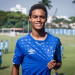 Berita Bola Hari Ini 9 April 2019: Coutinho Tolak Tawaran MU, Anak Ronaldinho Resmi Gabung Cruzeiro