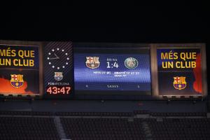 Barcelona Ngelawak, Dihajar PSG 1-4